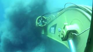 getlinkyoutube.com-retroexcavadora submarina III