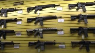 Legisladores de Kansas discutirán una ley acerca del uso de armas en lugares públicos.