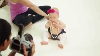 getlinkyoutube.com-7 month Baby Girl Studio Photoshoot with Ana Brandt
