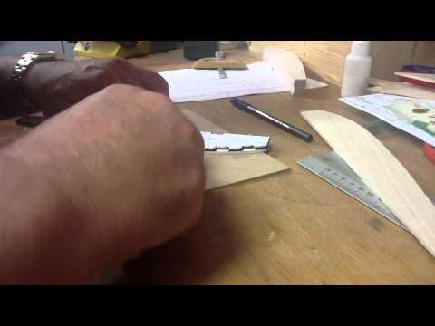 Costillas de ala en madera de balsa