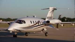 getlinkyoutube.com-Piaggio Aero P180 Avanti II at the Dupage Airport on 6-25-2012
