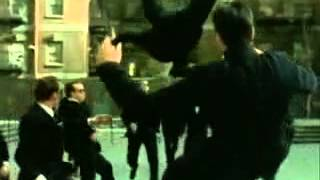 On Beş Kişiye Saldırdım – Güçlü Soydemir şarkısı mp3 dinle