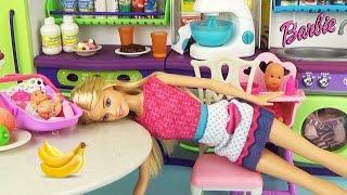 Мама устала Мультфильм для детей с игрушками для девочек A cartoon for children with toys for girls