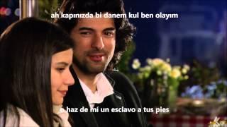 getlinkyoutube.com-Fatmagül y Kerim cantando - Beren Saat Ve Engin Akyürek - Evlerinin Önü Mersin(Subt Español)