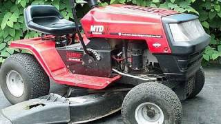 getlinkyoutube.com-( HOW TO ADJUST VALVES) FIX HARD TO START Lawn Tractor with OHV Briggs Engine- MUST SEE- Part 1/2