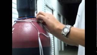 getlinkyoutube.com-Decoraciones con globos - Como hacer una red con curly