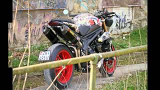 getlinkyoutube.com-triumph speed triple 1050 co(s)mic style