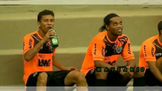 Ronaldinho Gaucho Freestyle legend - football rare  skills warm up training - part2 width=