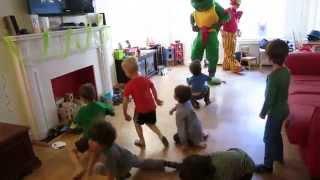 getlinkyoutube.com-Teenage Mutant Ninja Turtle Dance Party!
