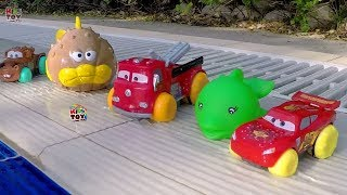 getlinkyoutube.com-Water Toys Disney Pixar Cars Mcqueen, Mater, Red. Hydro Wheels  Fun cars for Kids