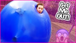 getlinkyoutube.com-😲 GIANT BALLOON CHALLENGE 😲 TERRA HAS TO BE CUT OUT!! BELLY  BLASTER!