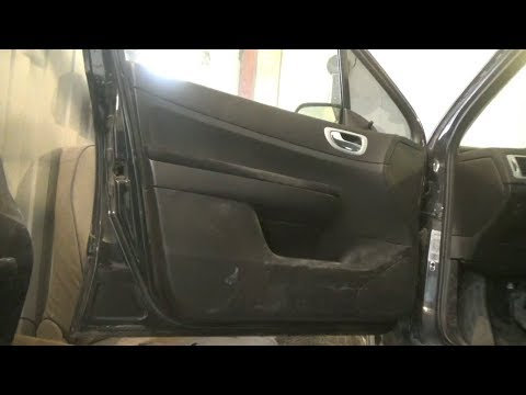 Как снять дверные обшивки с передней и задней двери. Peugeot 307.