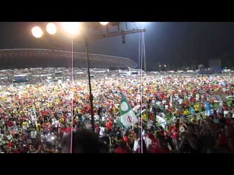 The crowd at Pakatan Rakyat Grand Finale Ceramah at Petaling Jaya Stadium (4th May 2013)