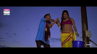 HOT Scene - Seema Singh