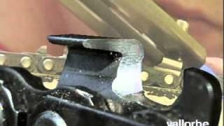 getlinkyoutube.com-Amick's Vallorbe Chainsaw Sharpening
