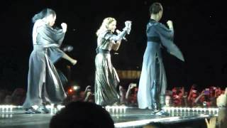 Madonna - I'm Addicted - Live in Istanbul - MDNA Tour