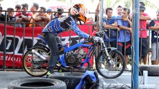 getlinkyoutube.com-Indonesian Drag Bike CARUBAN 2015 Full Race
