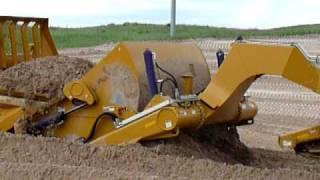 getlinkyoutube.com-Challenger + Ktec 1233 scrapers Loading #1 - Thedford, NE project