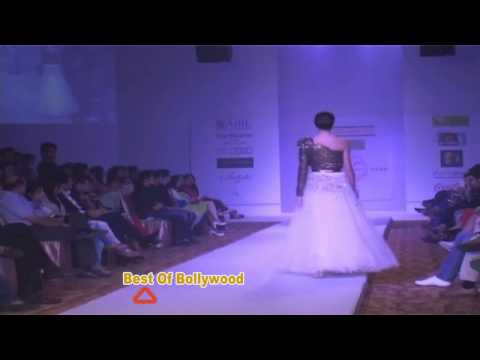 NITYA BAJAJ LAUNCH HER COLLECTION SHOW STOPPER MUGDHA GODSE,