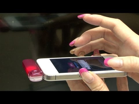Send a scent with your message with the Scentee (ChatPerf) smartphone