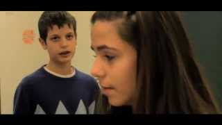 getlinkyoutube.com-LA DICHIARAZIONE - i ragazzi si raccontano:  innamorarsi a 13 anni