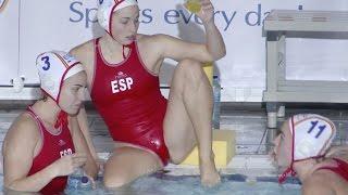 getlinkyoutube.com-Spanish female water polo team 01, warm up