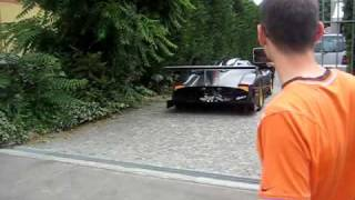 getlinkyoutube.com-Pagani Zonda R - first time on street
