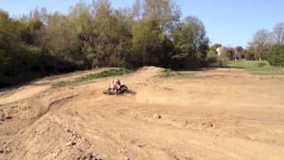 getlinkyoutube.com-Electric Dirt Bike vs KTM 250 SX-F