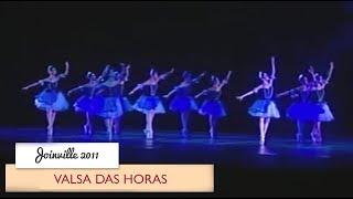 getlinkyoutube.com-Petite em Joinville 2011 - Valsa das Horas