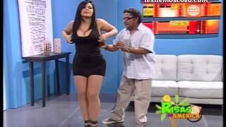 """getlinkyoutube.com-Leslie Moscoso en """"El Doctor Marrulo"""" de """"Risas de America"""" [16-03-2013]"""
