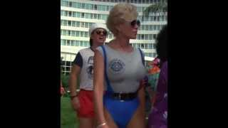 getlinkyoutube.com-Wiggles and jiggles