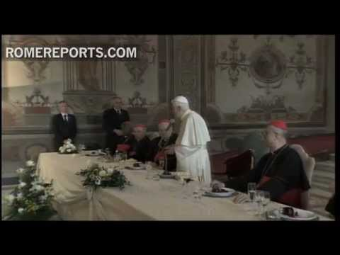 Pope has lunch with group of cardinals