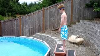 getlinkyoutube.com-Logan jumps in the new pool...