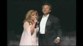 getlinkyoutube.com-Leila Forouhar & Aref - Soltane Ghalbha (Concert ) | لیلا فروهر- سلطان قلبها