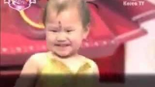 getlinkyoutube.com-طفلة كورية ترقص رقص شرقى خطير