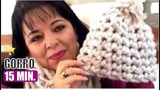 getlinkyoutube.com-TEJIDO GORRO EN 15 MINS CON EL DEDO - fácil y rápido - Yo tejo con LAURA CEPEDA