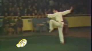getlinkyoutube.com-jet li wushu competition 1978