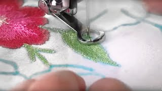getlinkyoutube.com-Singer Sewing Machine Darning Embroidery Foot