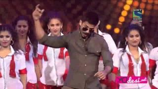 getlinkyoutube.com-Shahid Kapoor's rocking performance of Star Guild Awards 2016