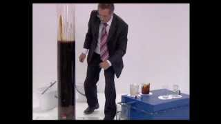 getlinkyoutube.com-Cleaning oiled spilled water with the tube and graphene