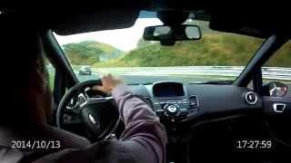 getlinkyoutube.com-Seat Ibiza vs Ford Fiesta ST Nurburgring Nordschleife