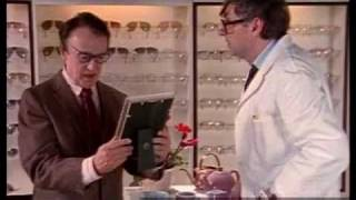 getlinkyoutube.com-Harald Juhnke & Eddi Arent - Beim Optiker 1988