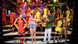 getlinkyoutube.com-Pelea Nataly y Emily Calle 7 Bolivia
