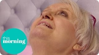 getlinkyoutube.com-Woman Performs Live Vagina Facials | This Morning