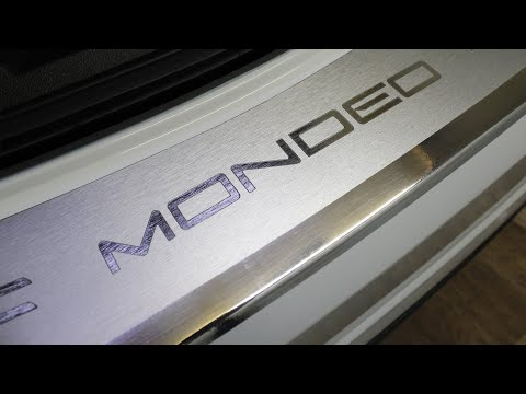 Наклейка на задний бампер для Ford Mondeo