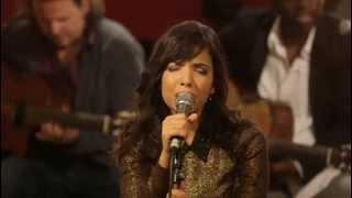 getlinkyoutube.com-Indila - Run Run (Live - Paris)