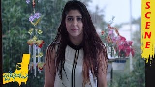 getlinkyoutube.com-Naga Shourya Kissing Sonarika - Romantic Scene - Jadoogadu Movie Scenes