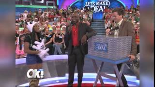 getlinkyoutube.com-Billy Gardell's New Gameshow 'Monopoly Millionaires Club'