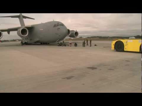World's Strongest Man Pulls a C-17 Cargo Plane @GWRnews