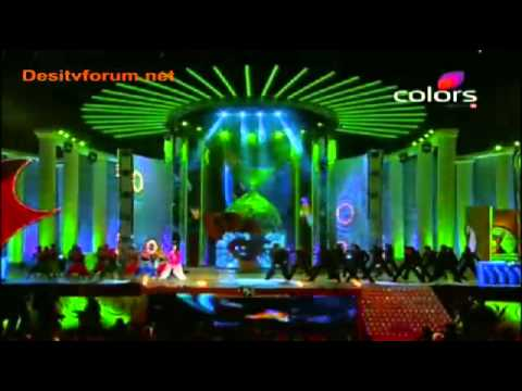 Anushka Sharma Performance At Apsara Awards 2011 -0xs6l21pjiI